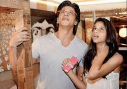 shah rukh khan wishes daughter suhana to become actress